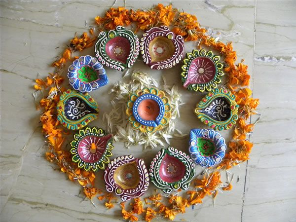 little indi diwali decorations | ... Designer and manufacturer of Hand painted Articles from Thane, India