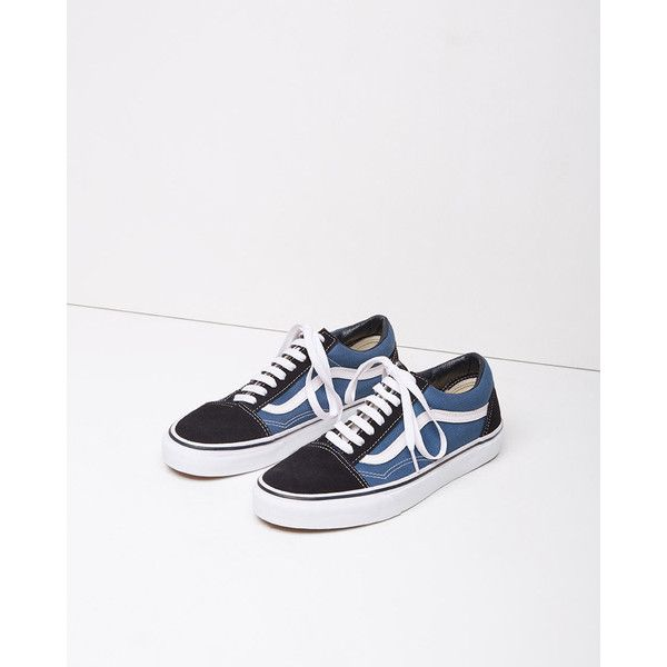 Vans Old Skool ($59) ❤ liked on Polyvore featuring shoes, navy, navy blue skate shoes, laced up shoes, real leather shoes, laced shoes and leather shoes