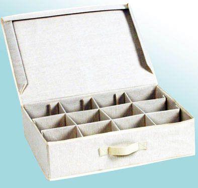 12 rekeszes, fedeles tárolódoboz | Napideal