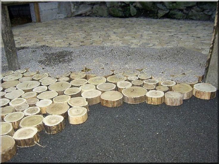 Akác fa tipegők - Kertépítés akác fával
