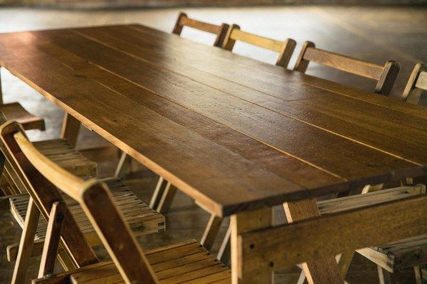 Rustic Hire Vine Furniture Wooden Table And Chair