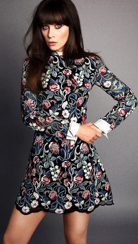 Zooey Deschanel- Love her! Fashion icon! This Valentino dress- Love it! Perfect prom dress!  #TopshopPromQueen
