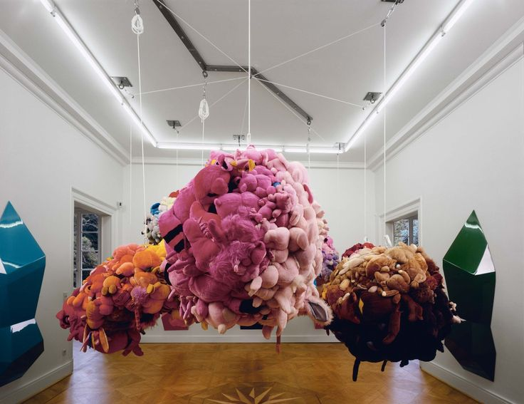 Everything You Need To Know About Mike Kelley Before Seeing His Blowout Retrospective