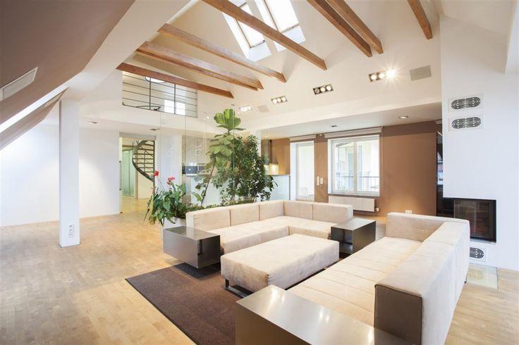 Exception 4 bedroom (5+kk) duplex apartment for sale, U zeměpisného ústavu street, Prague 6, Bubeneč. 24,500,000 CZK