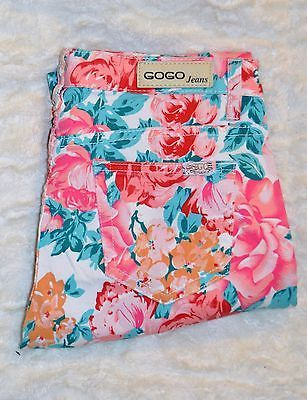 GoGo Jeans NY Juniors Woman Skinny Floral size 7 multi color Jeans