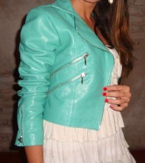 Blog da Bella: Lançamento de verão da Vintage:jaqueta de couro azul turquesa
