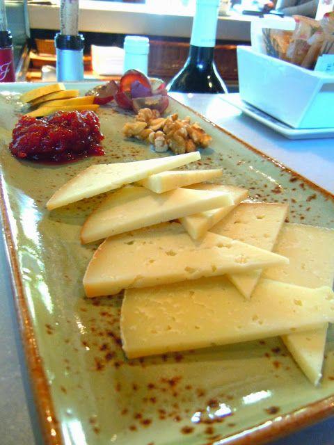 http://www.momentoseditados.com/2013/12/cuines-santa-caterina-para-mim-um-dos.html