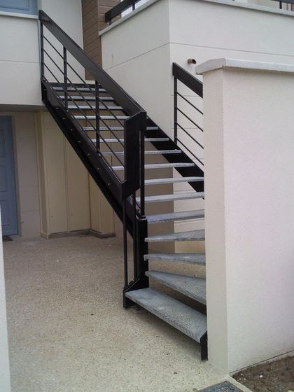 9 best concrete stair treads images on pinterest stair steps stair treads and concrete stairs. Black Bedroom Furniture Sets. Home Design Ideas