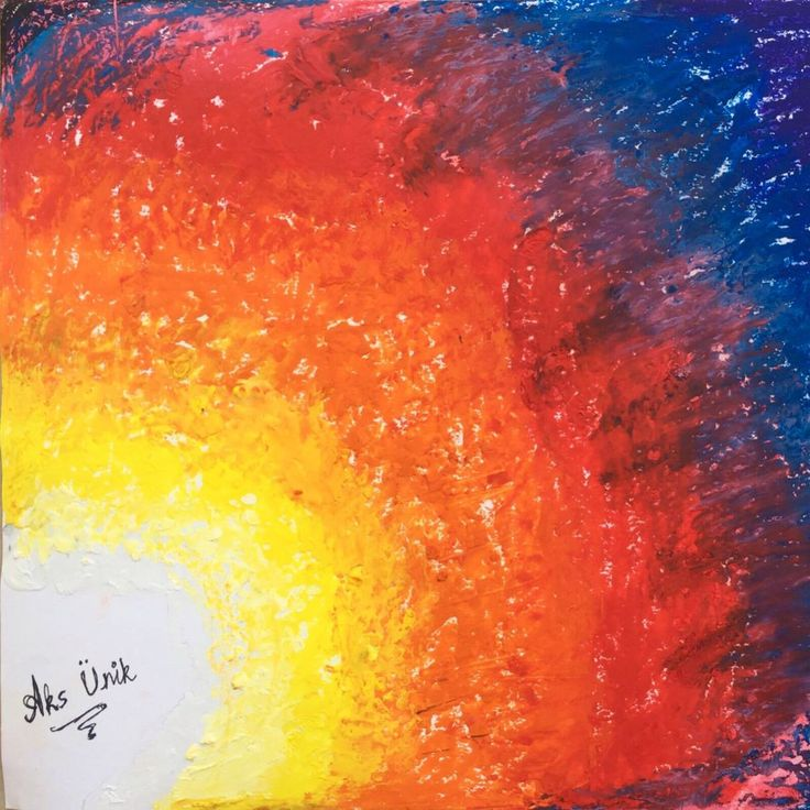 Experimenting with molten crayon art 😍