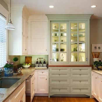 glass cabinets kitchen 25 best ideas about curio cabinets on curio 15824
