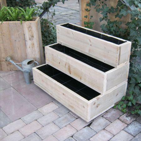 Steigerhout moestuin/ bloembakken 'Bippen' zijn geschikt voor terras, tuin en horeca. Genoeg ruimte om uw gekweekte groenten en bloemen in te zetten. U kunt de verschillende elementen van de bakken combineren tot uw eigen gewenste vorm.