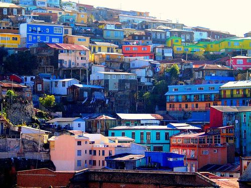 Valparaiso, Chile.  An amazing city full of art, culture and COLOR!  Imagine a small magical San Fransisco built with a gypsy sensibility and you have Valparaiso!