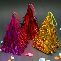 Make the Cutest Mini Christmas Piñatas