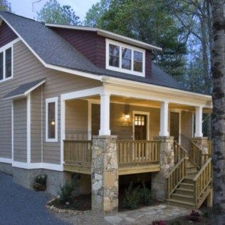 Awesome 58 Exterior Paint Colors For House With Brown Roof. More at http://trendecor.co/2017/11/24/58-exterior-paint-colors-house-brown-roof/