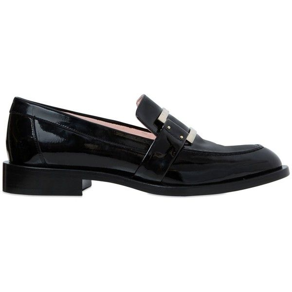 Roger Vivier Women 30mm Patent Leather Loafers (€775) ❤ liked on Polyvore featuring shoes, loafers, black, patent shoes, black shoes, leather sole shoes, patent leather shoes and black loafer shoes