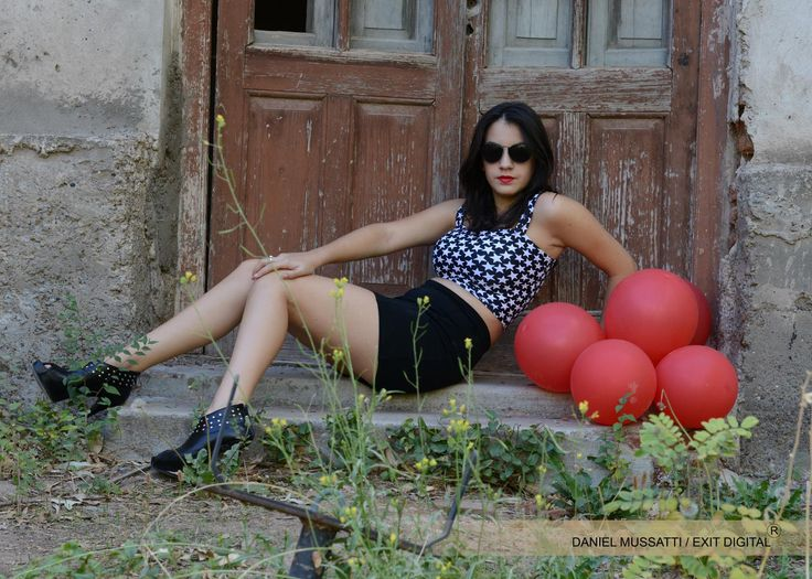 Old abandoned castle. Talero house. Sexy pose. red balons. Glam.