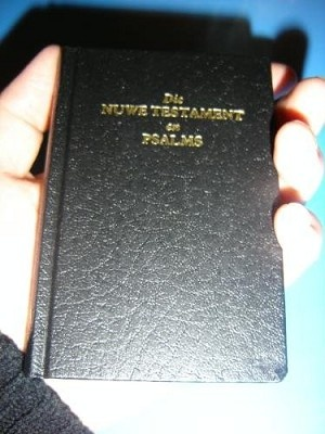 Die Nuwe Testament En Psalms 1983 - Vertaling / the New Testament and Psalms: New International Version