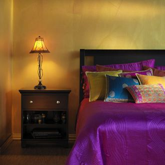 I love the bright colors on the bed with simple everything else.. I think that's what I'm looking for