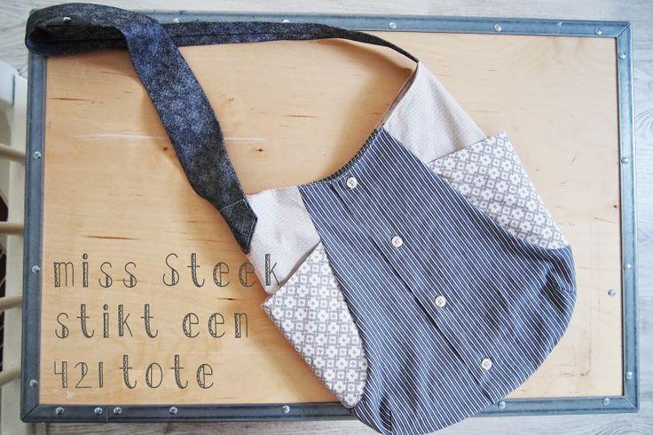 miss steek blogt over recykleren, dit keer een tas van 5 herenoverhemden en 1 stropdas -  noodleheads 241 tote bag from man's clothes