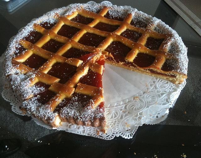 Pasta flora - Cypriot jam tart.