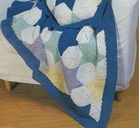 Professione Donna: Come realizzare una coperta patchwork con l'uncinetto