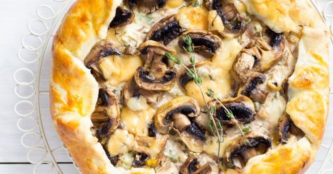 Recette de Tarte feuilletée ricotta et champignons. Facile et rapide à réaliser, goûteuse et diététique. Ingrédients, préparation et recettes associées.