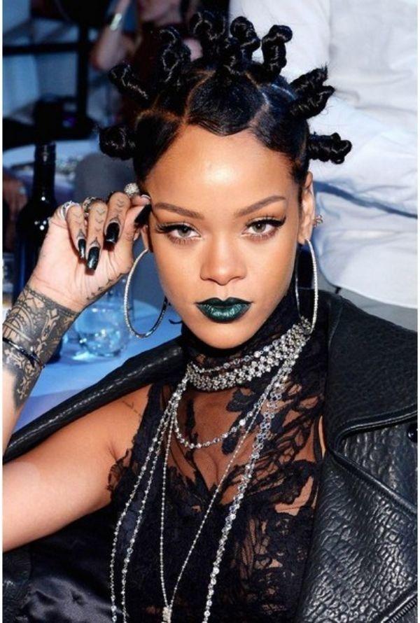 60 Encantadores Peinados Rizados Para Todas Las Longitudes De Cabello Eres Uno De Los Que Han Sido Bendecidos Con Peinados In 2020 Frisuren Frisuren 2014 Haar Styling