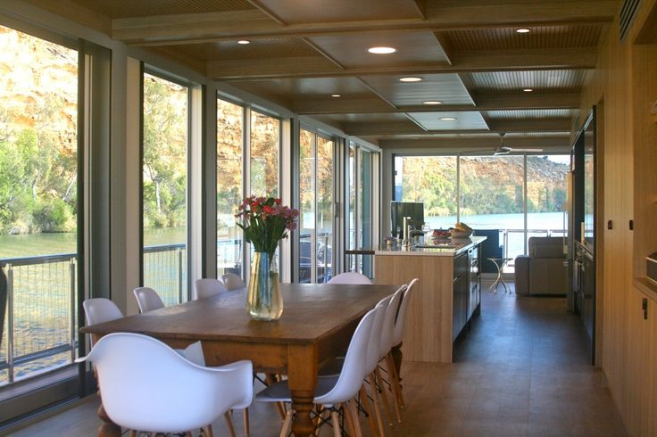 Project Name: Carpe Diem Houseboat Product: Keystone R-Line 16mm with Nirvana Vanilla oak finish  Designer: Mark Reu Installer: Ahrns Carpentry & Cabinets