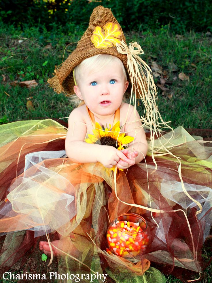 fall kids photography, scarecrow, costume ideas for kids, candy corn