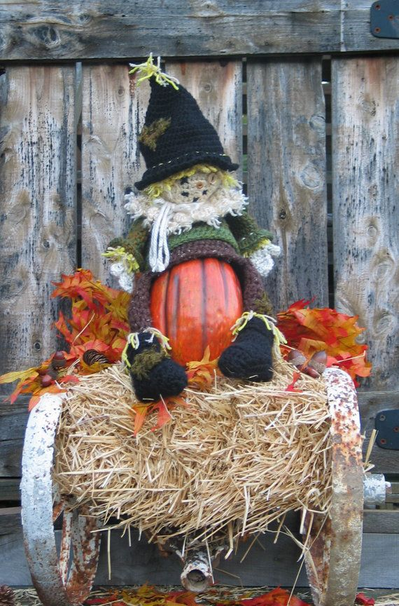 Patches the Slouching Scarecrow is a versatile crochet hat pattern /decoration/toy all in one by FrostyDaiCrochet, $14.95