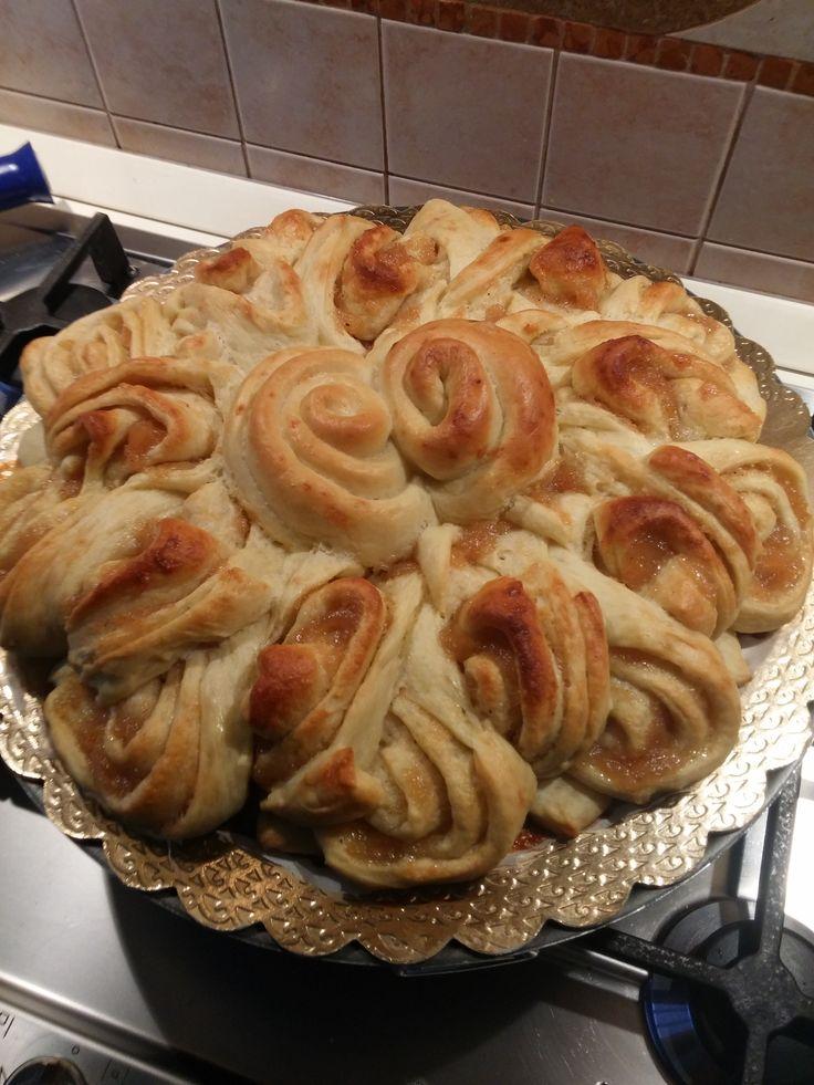 Fiore di pan brioche dolce