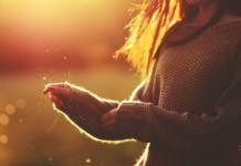 Το μυστικό για την αύξηση της δόνησης σας: Το σύμπαν απαντά στέλνοντας τους σωστούς ανθρώπους..
