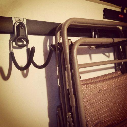 Garage-Storage-Rubbermaid-Hook