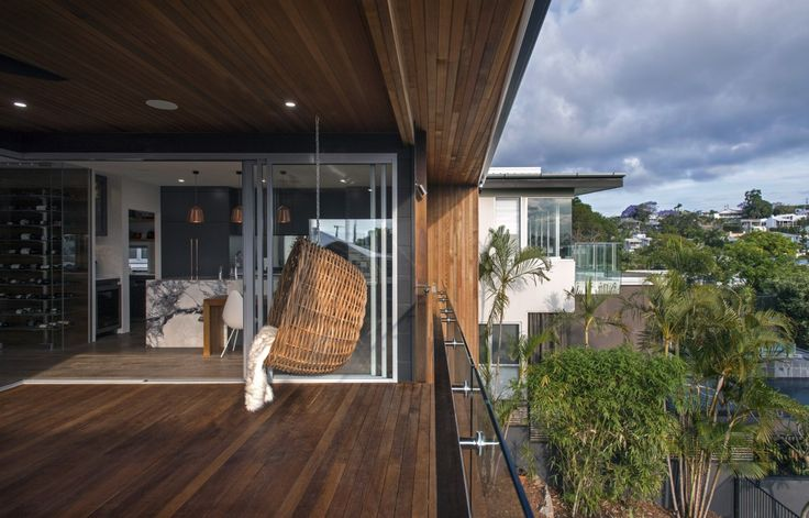 CROSBY - Renovation - Brisbane, Australia - Big House Little House