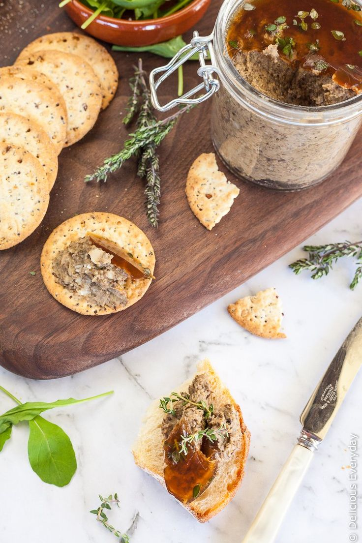 Mushoom pâté - This gorgeous Mushroom Pâté is a beautiful vegan pâté flavoured with wild mushrooms and a whisper of fragrant truffle oil. Serve with toasted sourdough and your favourite crackers, along with a glass of wine.