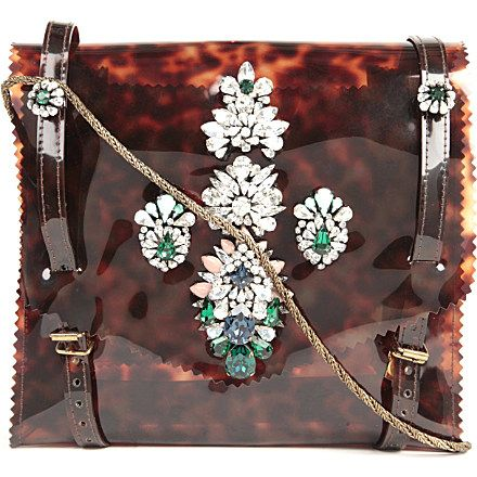 show stopping arm candy #style #fashion #handbags
