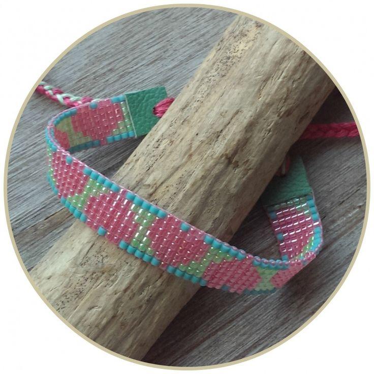 Armband  'Sweet Hearts' http://www.flauntaround.nl/c-2851161/geweven-armbanden/