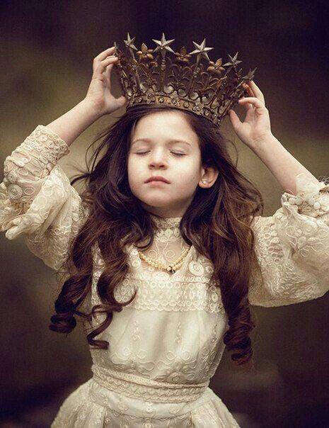 Поздравлялка и пожелалка 3 (новая тема) - Страница 3 A8c50f7df034cae545a786e794044a3f--kings-crown-warrior-queen