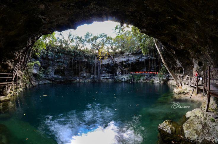 Mexico, Valladolid - cenote Ek Balam