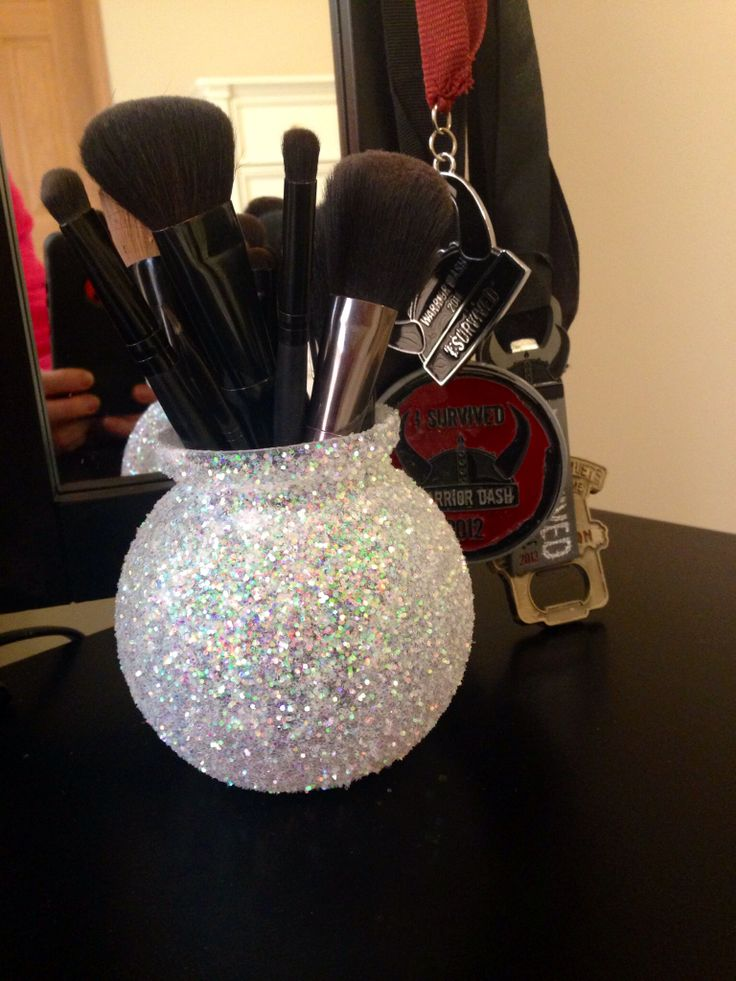 Glass+ mod podge+ glitter= makeup brush holder for my vanity.