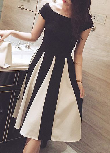 High Waist Bowknot Decorated Cutout Design Dress