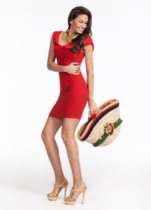 VolumeX with Eda Taşpınar | Markafoni #edataspinar #elbise #moda #trend #fashion #dress #stylish #celebrity #markafoni