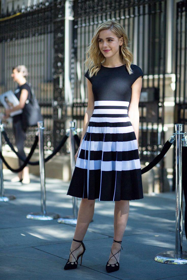Kiernan Shipka on the street at SS17 New York Fashion Week. Photo: Chiara Marina Grioni/Fashionista. Sep 2016