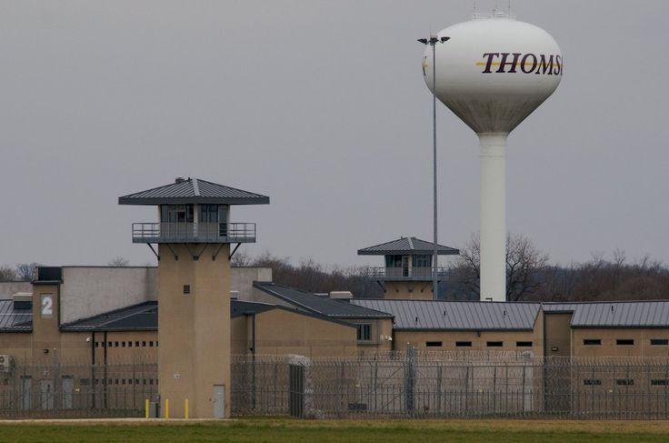 thomas-prison_tx700.jpg (1056×700)
