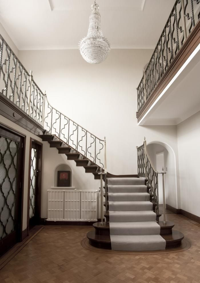 Rundell-Associates-Art-Deco-Dorchester-Drive-Entry-Hall-Metal-Stair-Rails