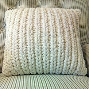 Free knitting pattern:  Fisherman's Rib Accent Pillow