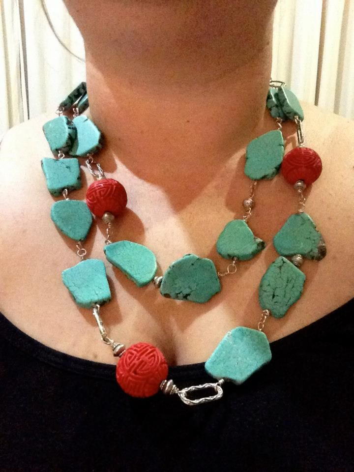 always found the combination of the turquoise and red stunning