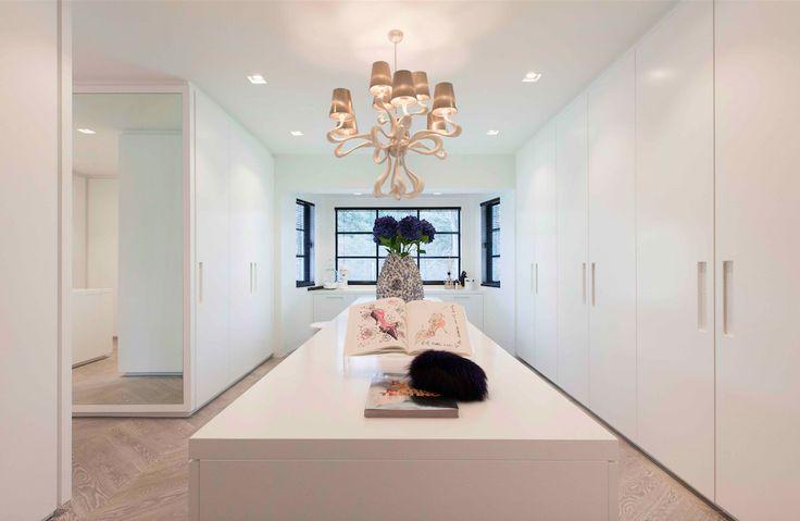 Interior design by Studio Jan des Bouvrie. Villa in Wassenaar The Netherlands. #interiordesign #studiojandesbouvrie #jandesbouvrie #hetarsenaal