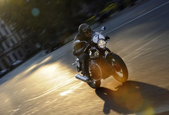 New Moto Guzzi V7 Racer