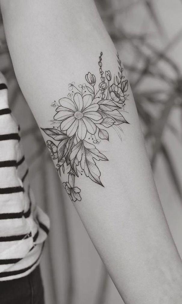 Romantische Daisy Flower Tattoos – Dorotea Tedesco
